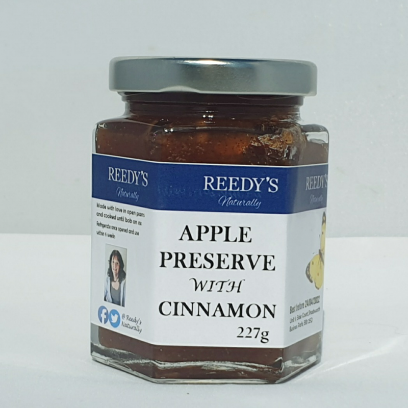 Apple Preserve with Cinnamon